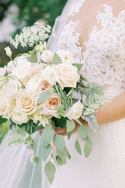 neutral brial bouquet