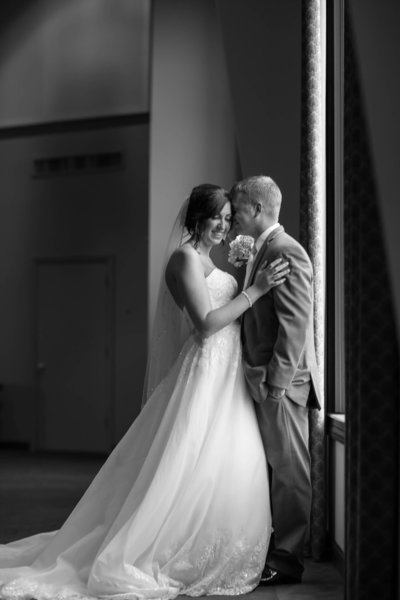 north-canton-ohio-wedding-photographer-akron-ohio-loren-jackson-photography