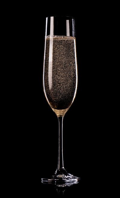 champagne-on-black-background-PB5C6BC