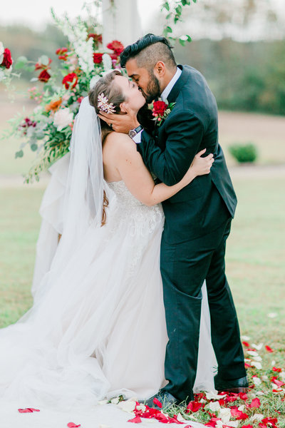Williamsburg_Winery_Fall_Wedding_Virginia_DC_Photographer_Angelika_Johns_Photography-8489