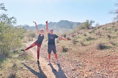 father-daughter-hike-phoenix-arizona