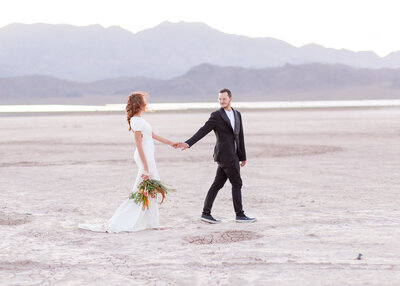 Dry-Lake-Bed-Intimate-Wedding-Photos
