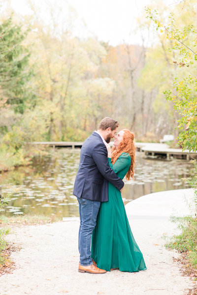 classic-fall-engagement-photos-katie-schubert-wisconsin-wedding-photographer-1