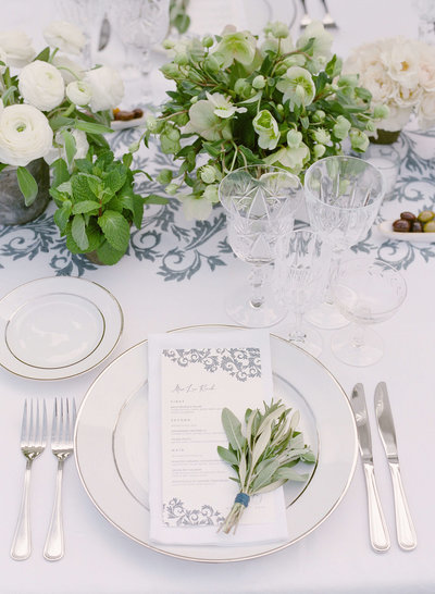 38-KTMerry-Lea-Michele-celebrity-wedding-reception-place setting