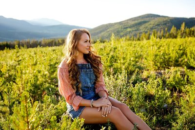Senior photography in the mountains Colorado