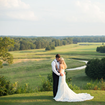 Foxhall wedding photographer Rebecca Cerasani captures a  bride and groom at Legacy Lookout