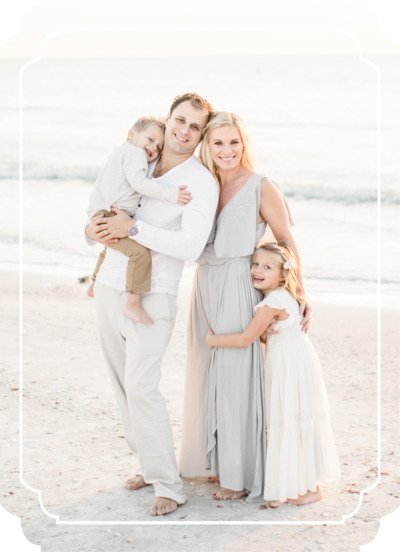 3-Tampa-family-photographer-brittany-elise-photography-BEP_Button_L_family-