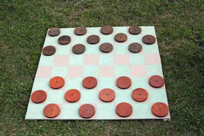 01074_GiantCheckers
