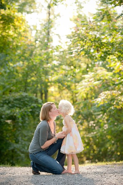 Laura Luft Family Photographer Photography Elba NY  Western NY summer family session fall extended family cousins-53