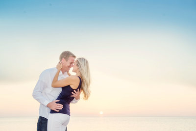 engagement photography tips for portrait session in traverse city michigan