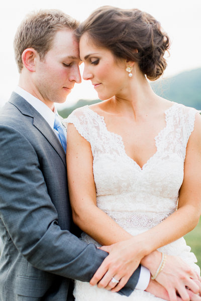 01_intimate_early_mountain_vineyard_virginia_wedding