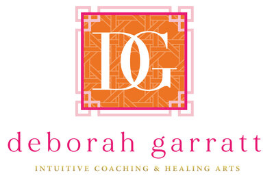Deborah Garratt Final Logo-01