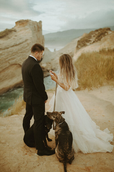 cape-kiwanda-pacific-city-oregon-coast-elopement-intimate-wedding-dawnphoto-41