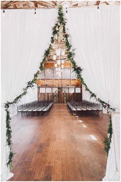 Best seattle wedding venues a curated top 10 list sodo park wedding venue in downtown seattle junglespirit Image collections