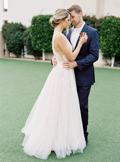 Luxury Wedding at the Omni Scottsdale Montelucia - Ashley Rae Photography -05