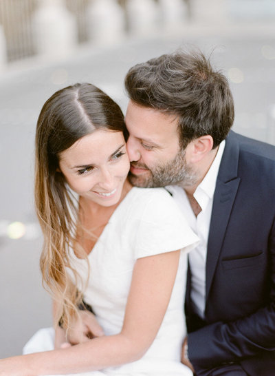 palais-royal-paris-engagement-photographer-jeanni-dunagan-12