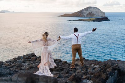 makapuu-lighthouse-lookout-oahu-hawaii-elopement-sydney-and-ryan-photography-28