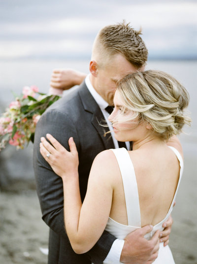 vancouver wedding photographer beach wedding