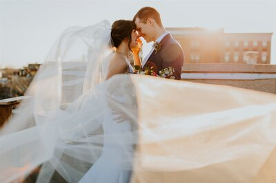 25_chicago_elopement_on_rooftop