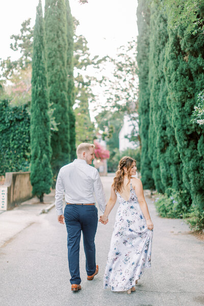 A downtown destination engagement session in Charleston, South Carolina