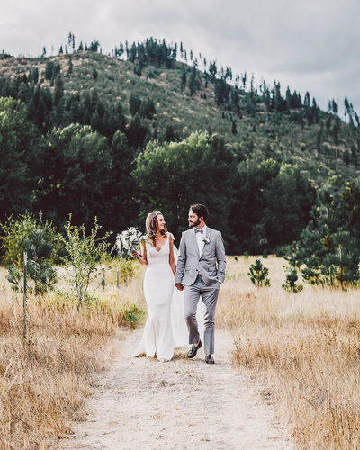 Best Eastern Washington Sound wedding venues by Eastern Washington wedding photographer Luma Weddings