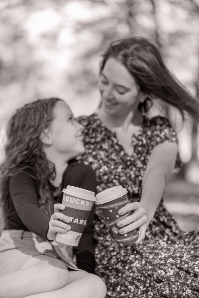 Mom and daughter portrait at Blackbird Creek Reserve in Townsend, Delaware by Delaware Family Photographer - Christopher Ginn Photography.