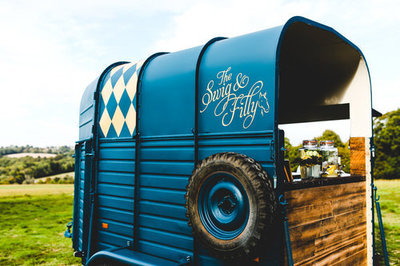 The-swig-and-filly-vintage-horse trailer-airstream-bar-wedding-events-hertfordshire-uk-007