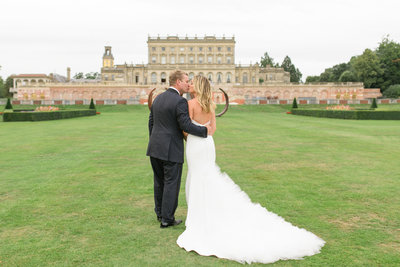 wedding portraits at cliveden house luxury wedding photography