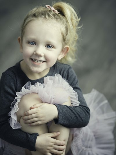 Eau-Claire-Wisconsin-Eliza-Porter-Photography-children-kids-girl-tutu-DSC_2672_3