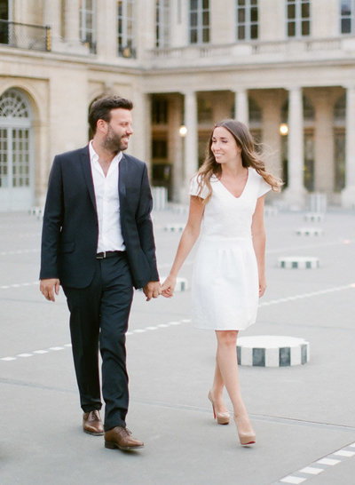 palais-royal-paris-engagement-photographer-jeanni-dunagan-7