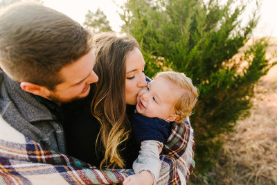 Gorgeous Winter Themed Family Photos