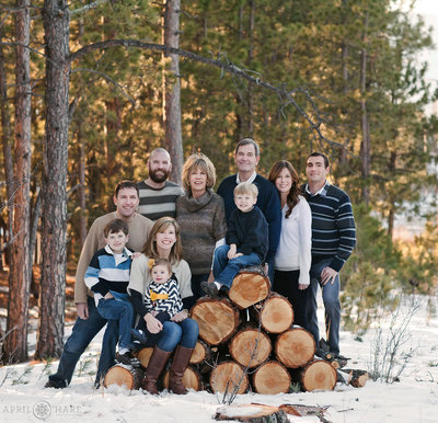 Winter-Family-Photos-in-the-Mountains-of-Colorado-2