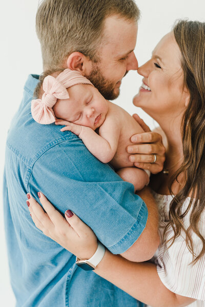 Dallas Motherhood Photographer + Newborn Photographer - Lindsay Davenport Photography - Hannah Davenport Studio September 13 2020-53