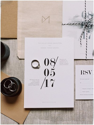 modern-graphic-wedding-invitation-destination-wedding-oregon-martha-stewart-weddings-bonnie-sen-photography