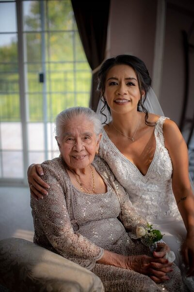 Wedding Grandma Picture