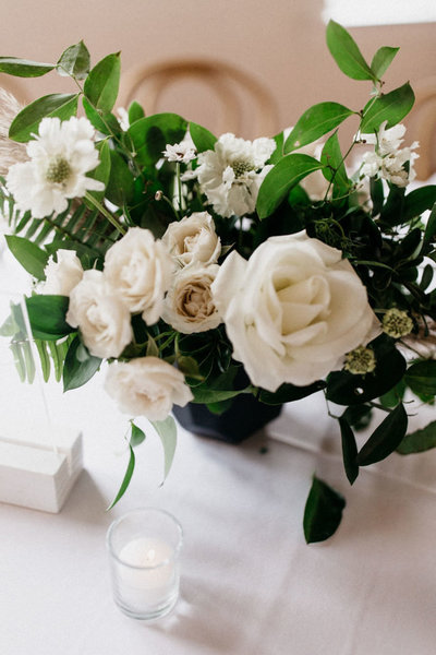 modern-dallas-wedding-florist-5-683x1024