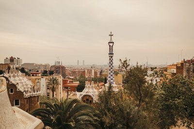 EMILYVANDEHEYPHOTOGRAPHY_--_colleen_+_gerard_--_elopement_--_sagrada_familia_+_park_guell_--_spain-65