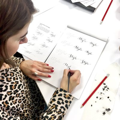 Pointed pen calligraphy workshop by Jenni Liandu Calligraphy