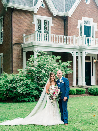 Warrenwood Manor - Kentucky Wedding Venue - Spring Wedding