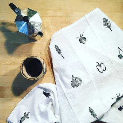 Learn how to create your own stamp to print fabrics at home.