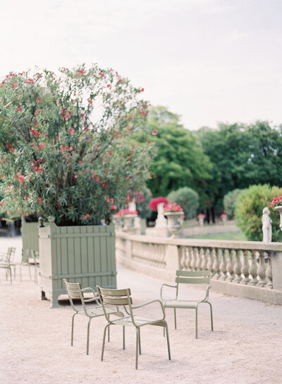 Green Iron chairs in Jardin Du Tuileries captured by Hannah Alyssa