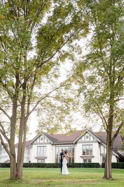Romantic Windermere Manor Wedding | Dylan and Sandra Photography 124