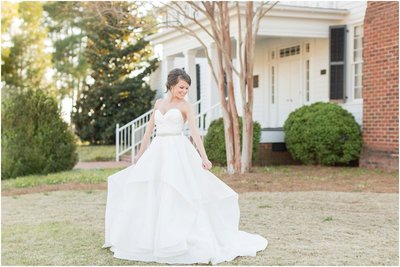 white-magnolia-wedding-dress-photos_0176
