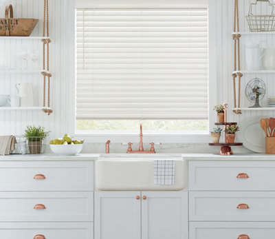 parkland-wood-window-blinds-hunter-douglas-austin-window-fashions-2