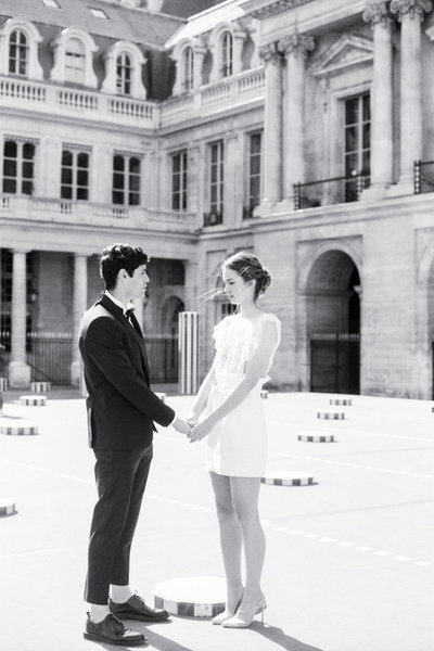 Paris_engagement_photos_palais_royal_gabriella_vanstern_ (4)