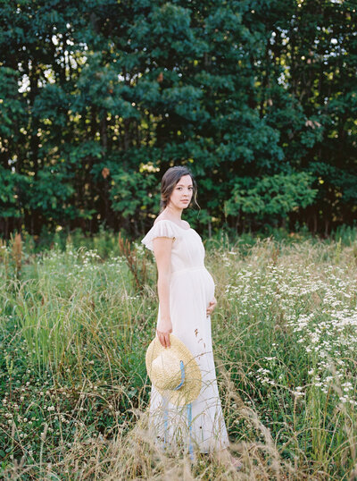 Michela Watson Photography Michela Brooke Photography Natural Organic Timeless Simple Feminine Fine Art Film Maternity Pregnancy Motherhood Ivy Rose Barn-56
