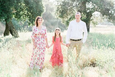 Whimsie studios family photoshoot trendy peach and blush floral outfits for family photos outdoor spring yucaipa_3751