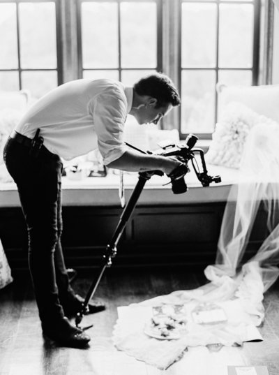 NikkiSanterre_DestinationFilmWeddingPhotographer_DoverHallWedding_Kim&Nate-47
