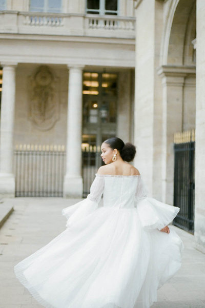 editorial-fashion-bridal-wedding-photo-louvre-musé-paris-france-gabriella-vanstern-13