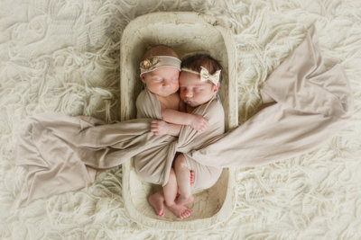 Los_Angeles_Newborn_Photographer_Twins_Christine Sara11